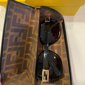 Fendi Sunglasses with Auth Card and Case